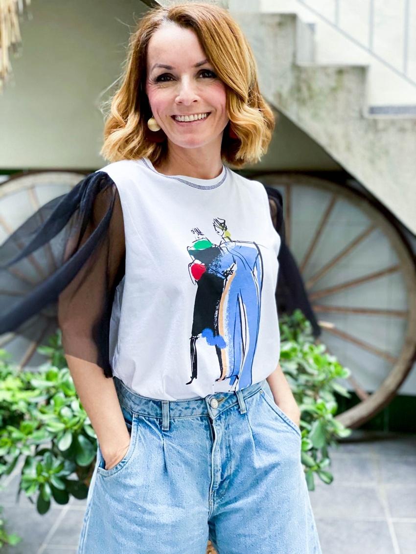 cambio-de-look-con-una-sencilla-camiseta